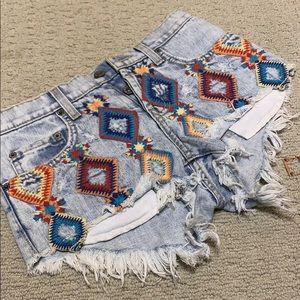 Carmar boho hippie embroidered shorts